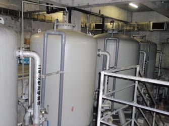 浄化槽保守点検・汚水槽清掃・下水道処理施設機能維持管理の様子